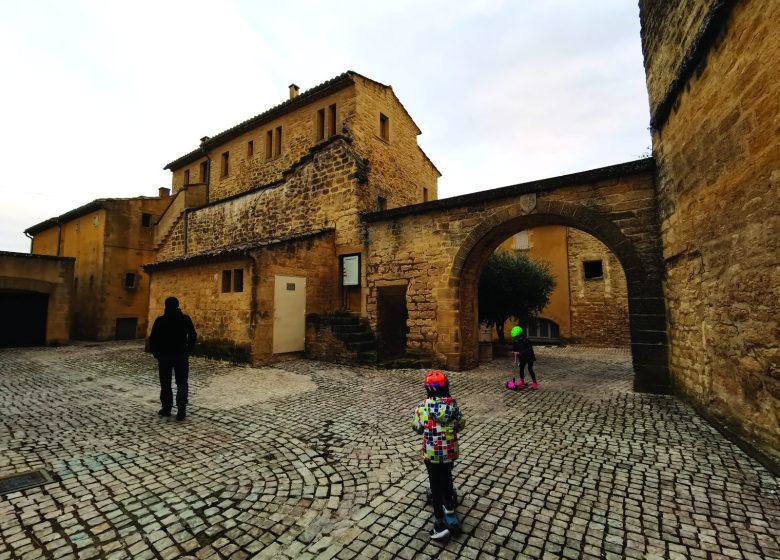 Excursion : Castillon du Gard, fenêtre ouverte sur le Pont du Gard